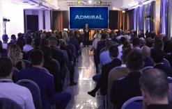 Admiral_Club_meeting